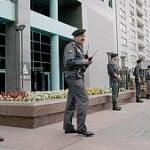 Ruska policija opkolila je sjedište Yukosa u srpnju 2004